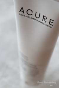 best-natural-skincare-of-2018.-acure-seriously-soothing-cream-cleanser.-gone-swatching-xo
