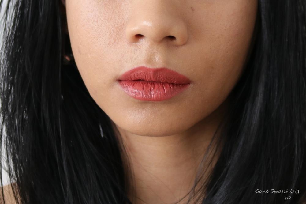 Ilia Beauty Colour Block High Impact Lipstick Lip Swatch Cinnabar. Gone Swatching xo