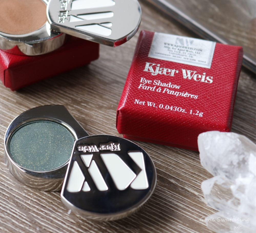 Kjaer Weis Eyeshadow Review & Swatches. Green Depth-True Green with Gold flecks. Gone Swatching xo