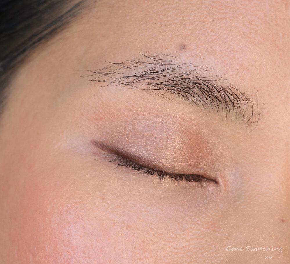 Rituel de Fille Ash & Ember Eye Soot in Divinus. Eye swatch on Asian, warm medium skin tone. Australian Green, Natural Beauty Blogger Gone Swatching xo